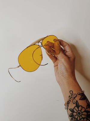 Sunglasses Ray Ban 1970 Aviator Yellow Lense W Case