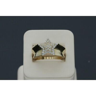 10 karat & Zirconium Star Ring