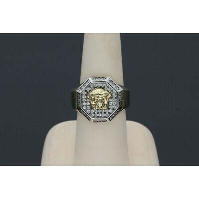10 karat white gold medussa and Zc ring S:7.5 W: 7.3 ~