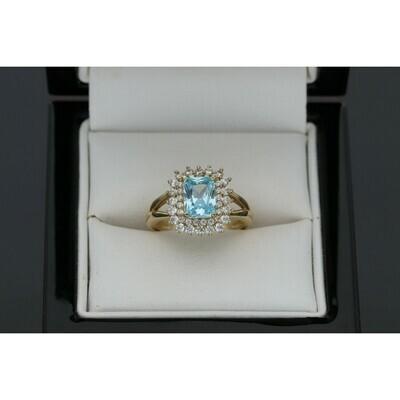 10 karat  Gold & Zirconium Light Blue Square Stone Ring