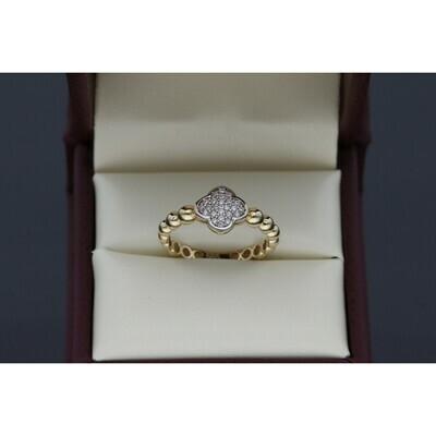 10 karat Gold & Zirconium Clover Ring