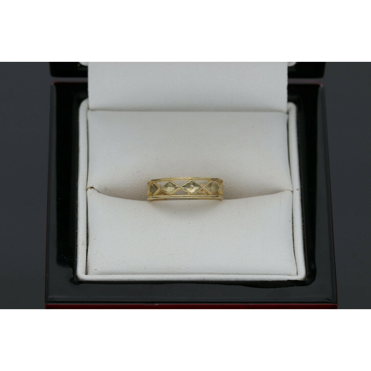 10 Karat Gold Diamonds Shape Toe open Ring