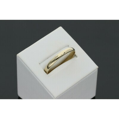10 Karat Gold Thin Band Ring