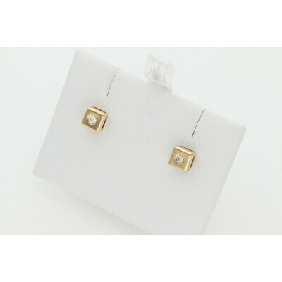 14 Karat Gold & Diamonds G-VS2 Earrings