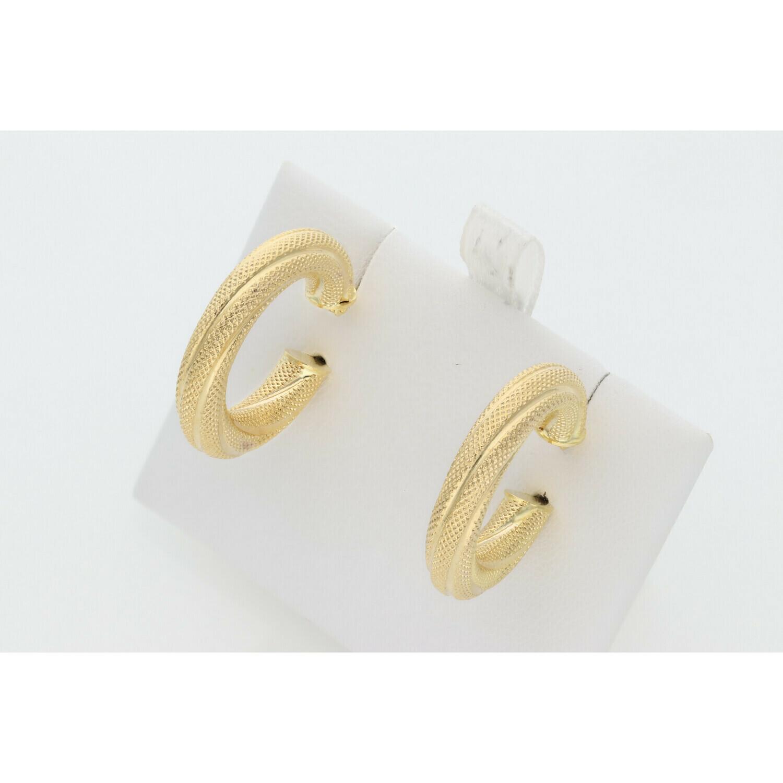 10 Karat Gold Textured Lines Medium Hoops Earrings W: 2.7 ~