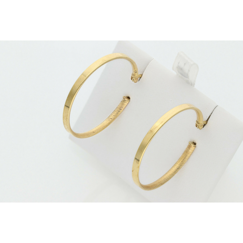 10 Karat Gold Intern Textured Medium Hoops