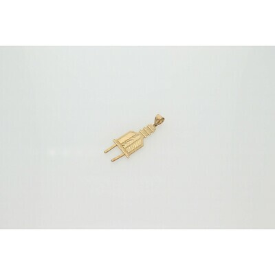 10 Karat Gold Outlet Charm