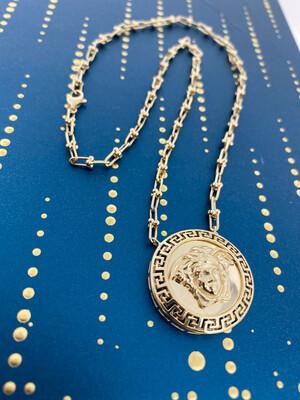 14 Karat Gold Maze Medusa Medal Fancy Ball Clip Necklace