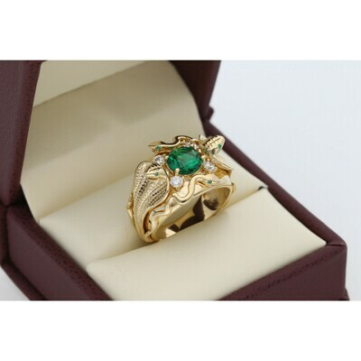 14 Karat Gold & Zirconium Green Gem Two Cobra Snakes Ring