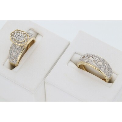 14 Karat Gold & Diamond Oval Twist Wedding Duo Set Rings