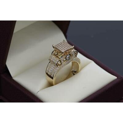 14 Karat Gold & Zirconium Princess Ring