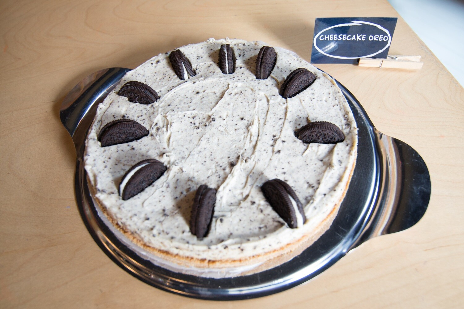 Whole Oreo Cheesecake - FROZEN