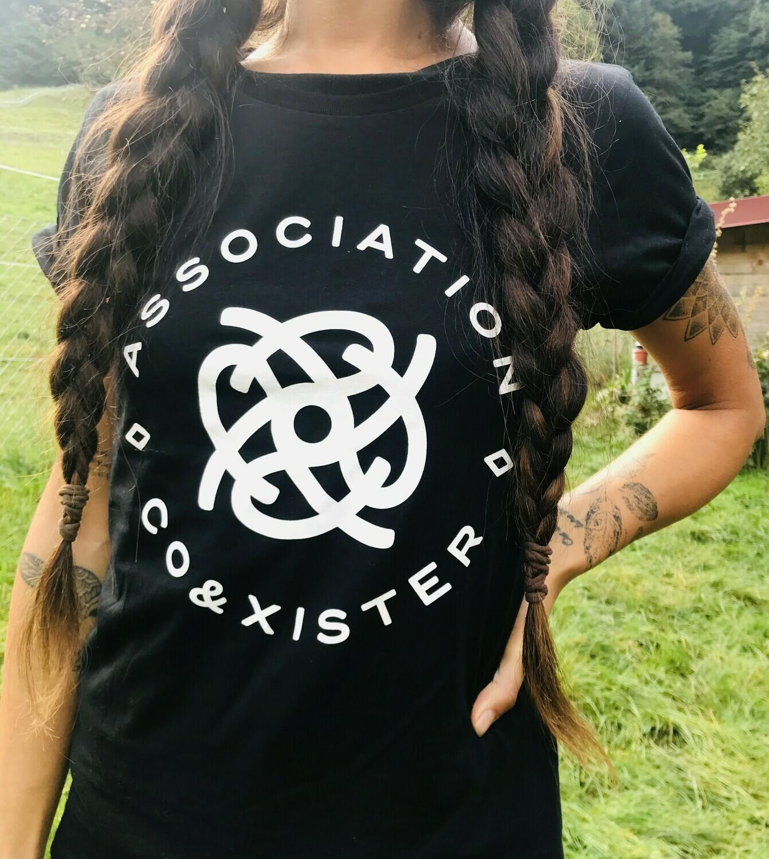 T-shirt noir en coton bio - coupe féminine