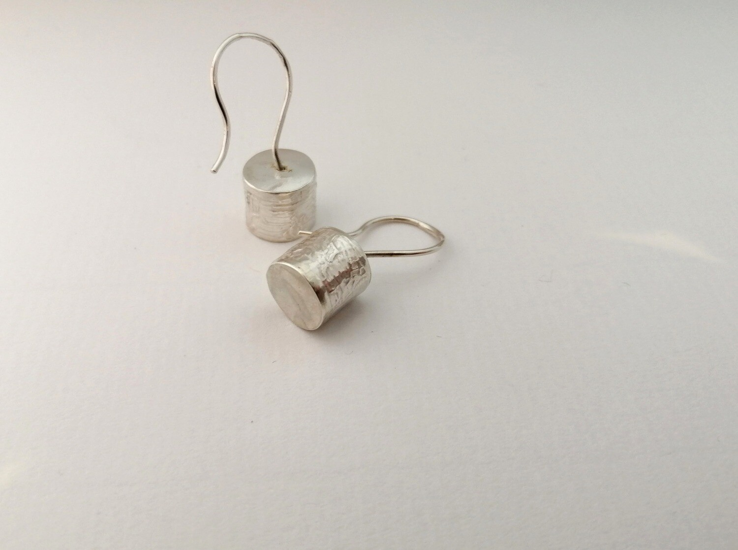Drum hook ear rings