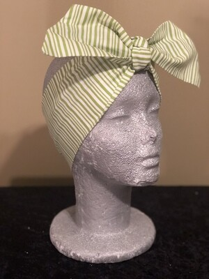 Tiara Green / White Stripe