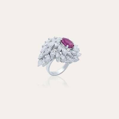 Classic Ring Diamond & Sapphire