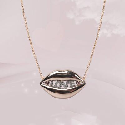 Love Lips Diamond with Sapphire
