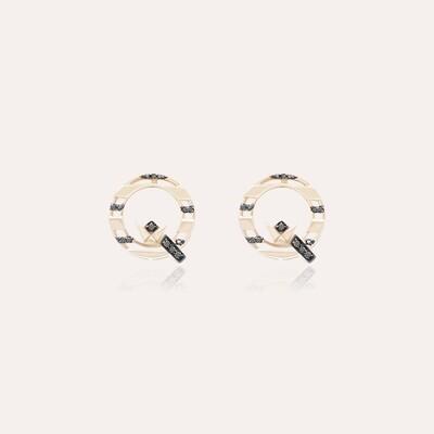 Q Gold Earrings with Fancy Diamond