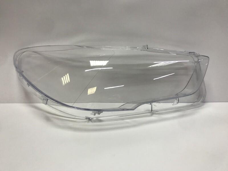 Правое стекло фары на BMW 5 series F07 Grand Tourismo