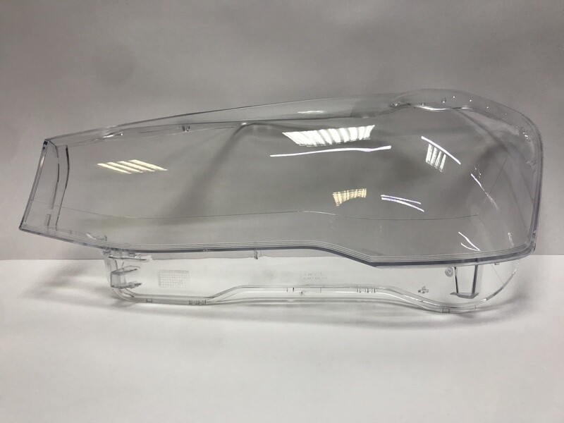 Левое стекло фары на BMW X3 f25 рестайлинг (2014-2017)