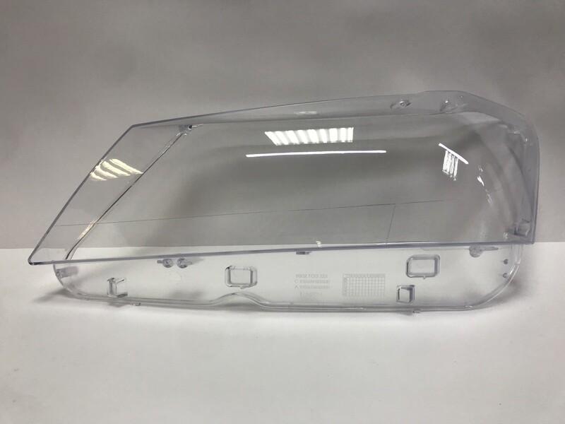 Левое стекло фары на BMW X3 F25 (2010-2014)