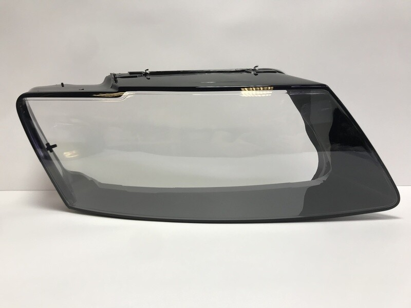 Правое стекло фары на AUDI A8 D4 4H рестайлинг (2013-2017)