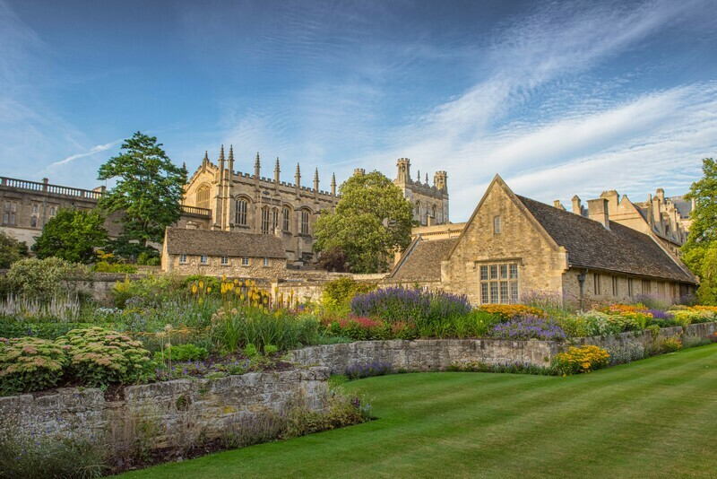 Pretty Oxford - 12