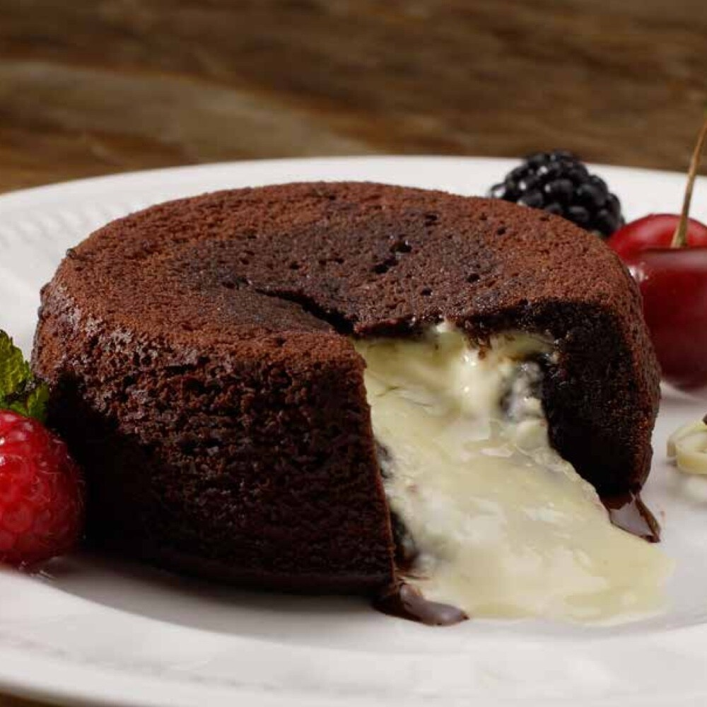 Lava Cake- White Chocolate Centre