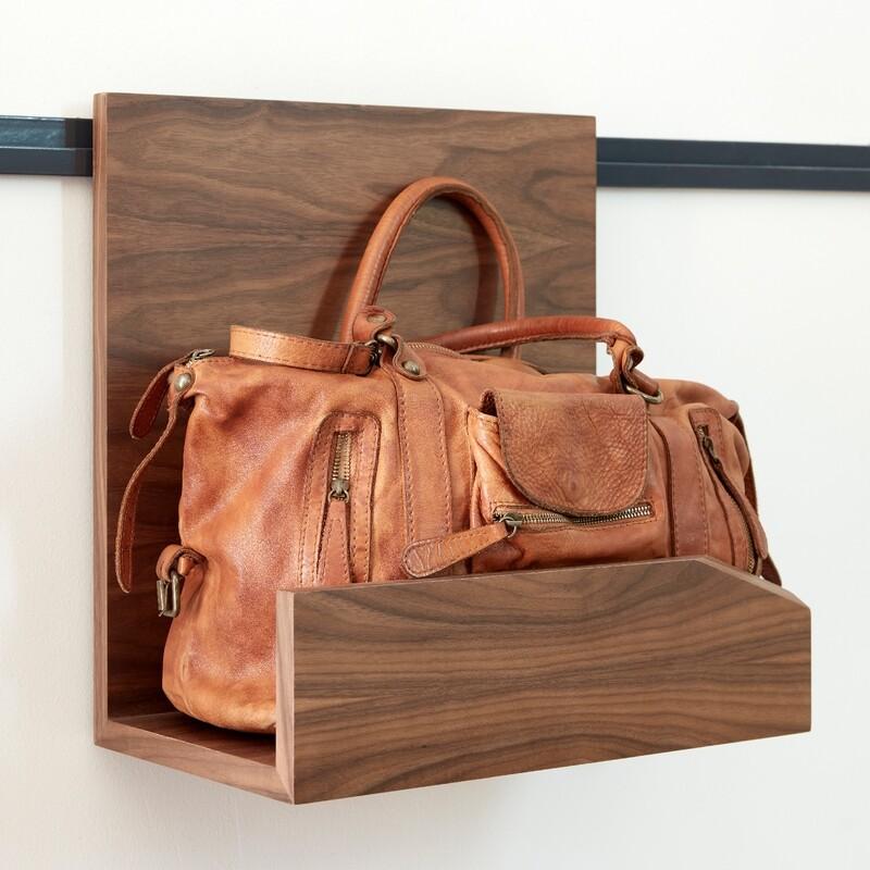 HangOn: Bag Shelves