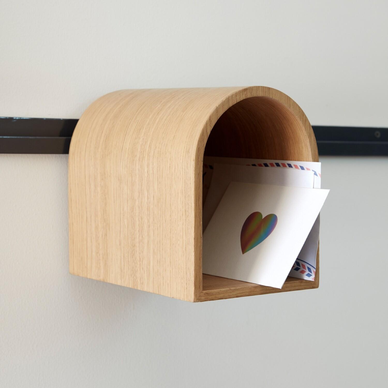 HangOn: Mail Box