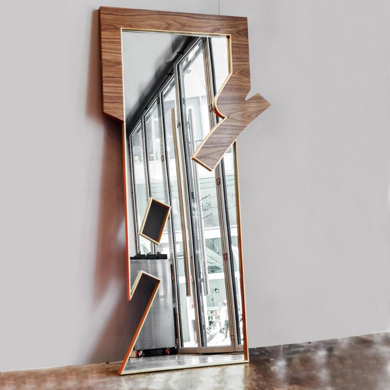 Khawater: ANA Stand Mirror