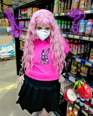 EVIL BUNNIE FITTED TEE | CELEB PINK
