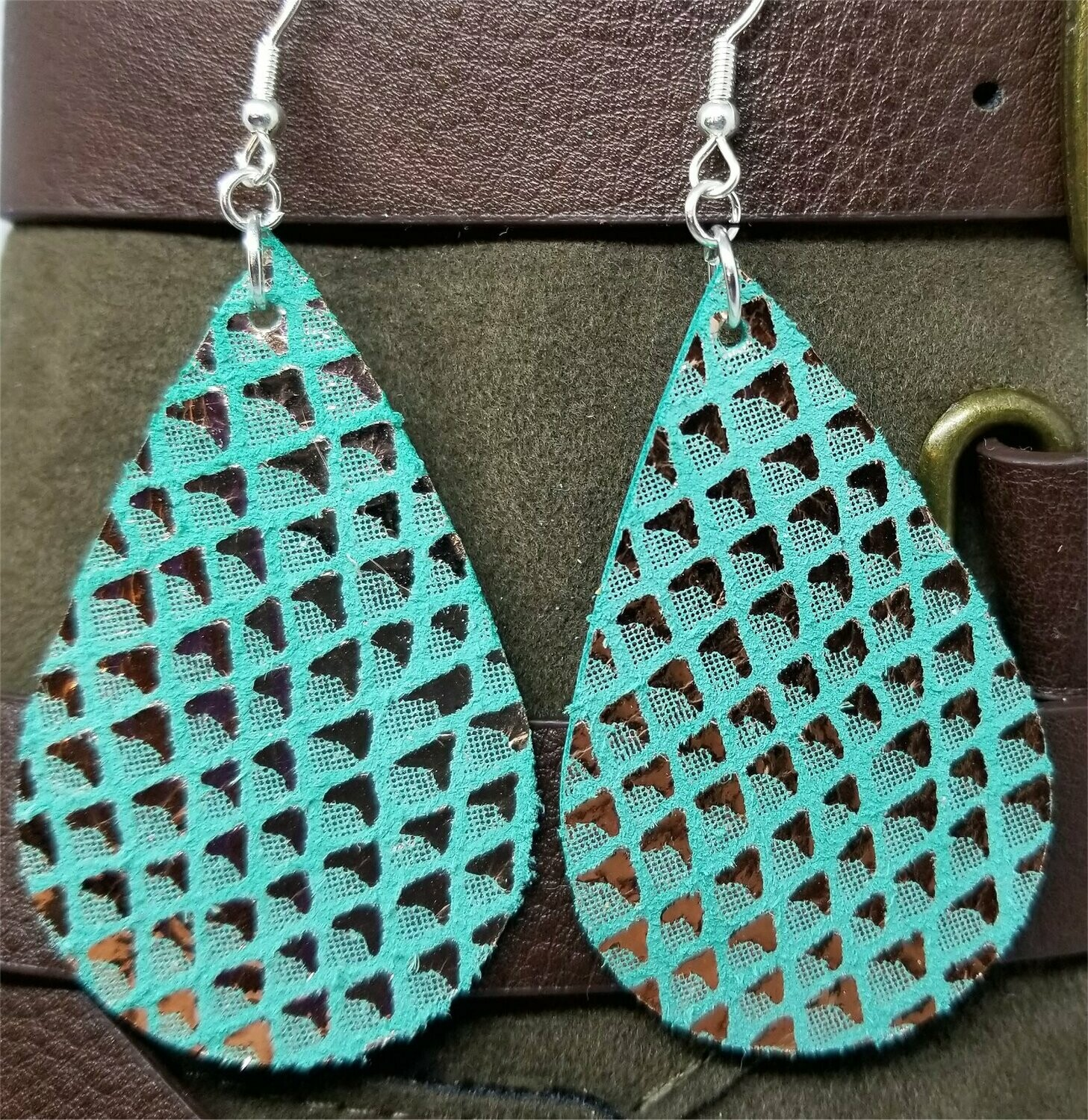 Turquoise Colored Tear Drop Shaped Real Leather Earrings with Metallic Gold Diamond Shapes