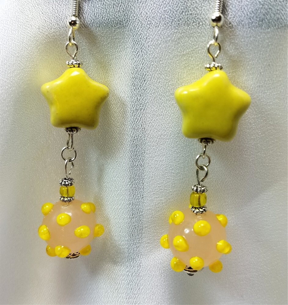 Yellow Stars and Bumpy Beads Dangle Earrings
