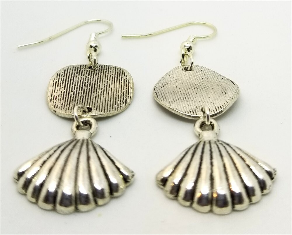 Textured Silver Round Connector Charm Drop Earrings with Silver Shell Charm Dangles