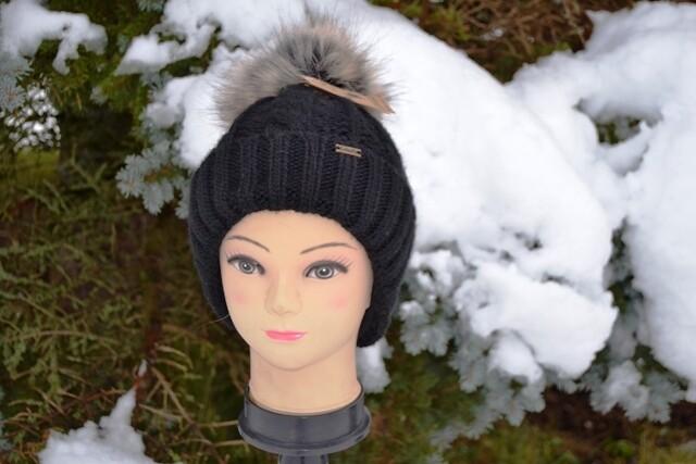Woll-Mütze mit Fellbommel (Webpelz) mit Alpakawolle, schwarz Bommel hell