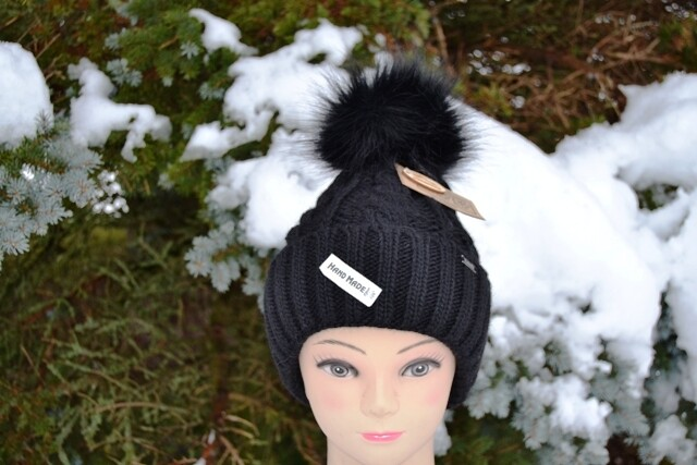 Woll-Mütze mit Fellbommel (Webpelz) mit Alpakawolle,schwarz