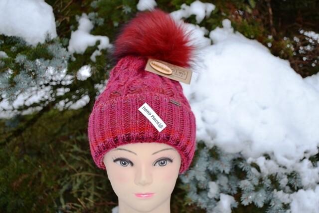Woll-Mütze mit Fellbommel (Webpelz) mit Alpakawolle, rot meliert