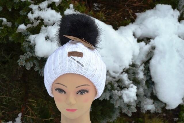 Woll-Mütze mit Fellbommel (Webpelz) mit Alpakawolle, weiß