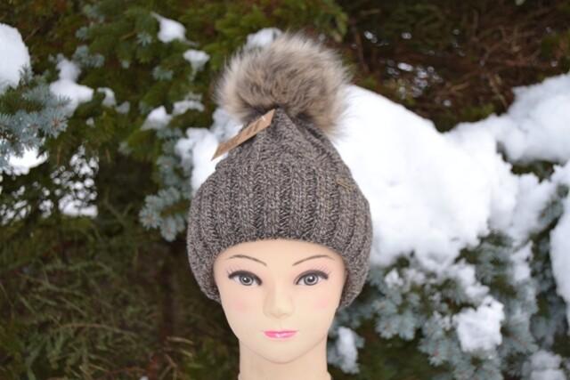 Woll-Mütze mit Fellbommel (Webpelz) mit Alpakawolle, braun meliert
