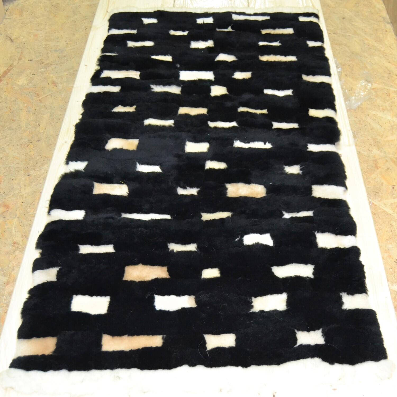 Lammfell-Teppich, Patchwork-Qualität, ca. 170x80 cm, schwarz/weiß/gelb Nr. 3