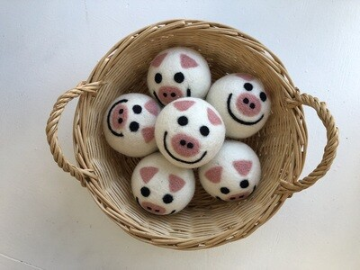 Dryer Balls, Piggie