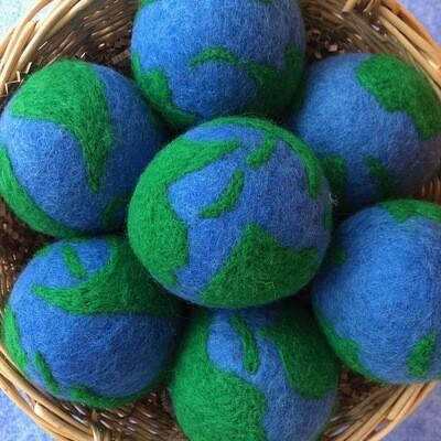 Dryer Ball, Earth