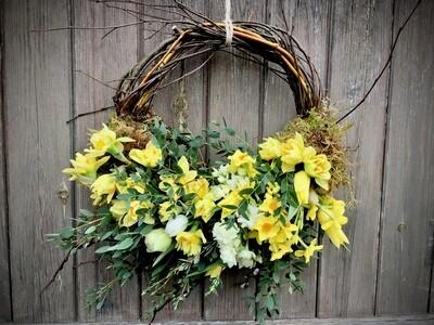 Large cut flower wreath RRP £38.50