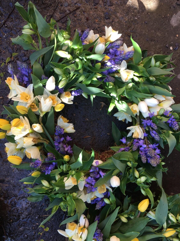 Cut flower wreaths
