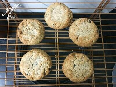 Keto Flourless Almond Butter Choco-chip Cookies (Gluten-Free)