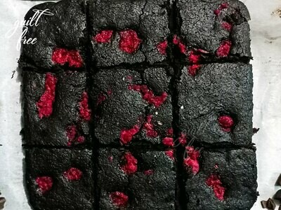 Keto Raspberry Chocolate Brownie (Gluten-Free)