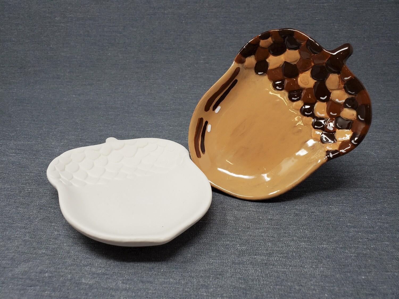 Acorn Dish