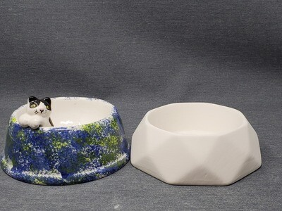 Faceted Pet Bowl