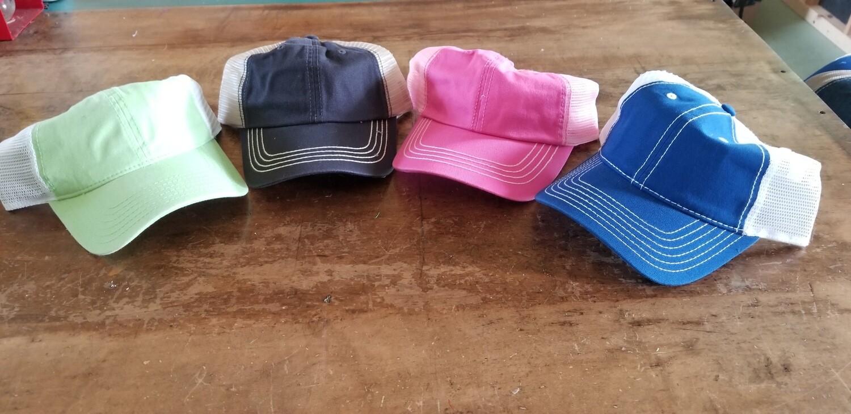 Mesh back unstructured cap